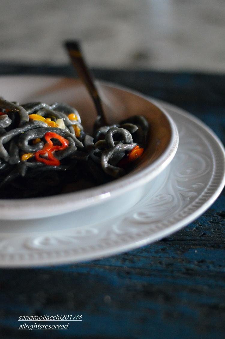 spaghettoni grano arso DSC_0585