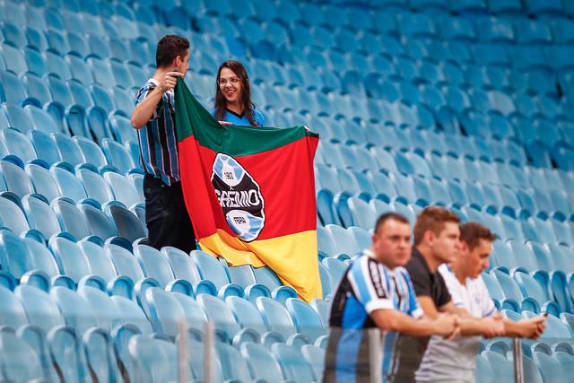 Grêmio vence e garante vaga nas quartas de final da Primeira Liga