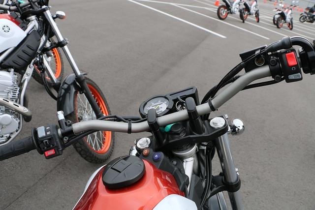 ヤマハ大人のバイクレッスン