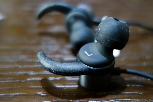 COLERAK ワイヤレス Bluetooth 4.1 ブルートゥース イヤホン スポーツ マグネット 両耳 Apple 会社の製品 バッテリー残量表示 音楽 長時間 小型 高音質 マイク おすすめ用