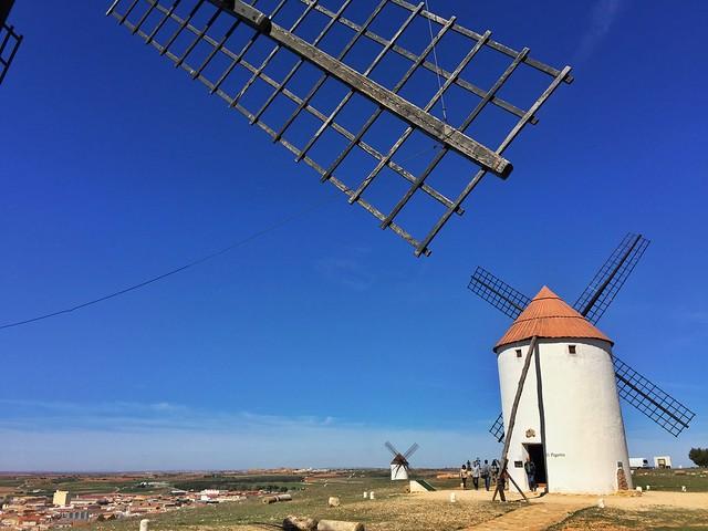 Molinos de viento de Mota del Cuervo (Ruta de los molinos de viento en La Mancha)