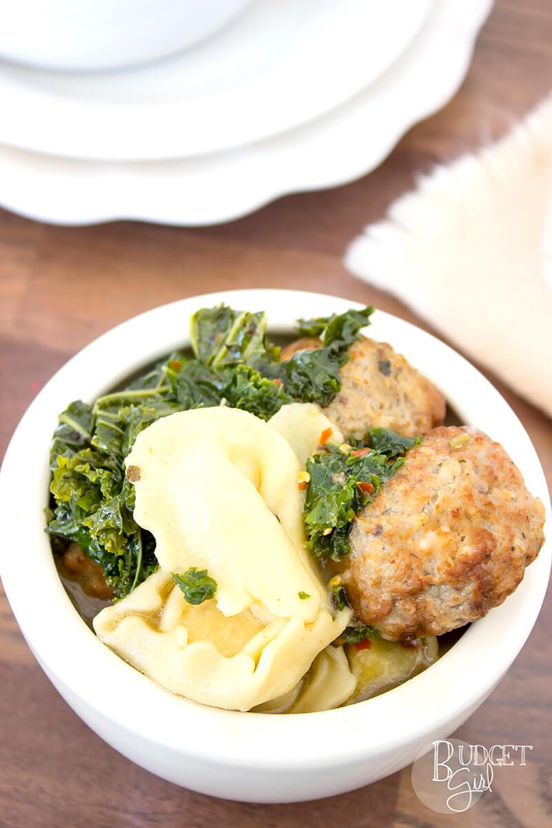Easy Meatball Tortellini Soup
