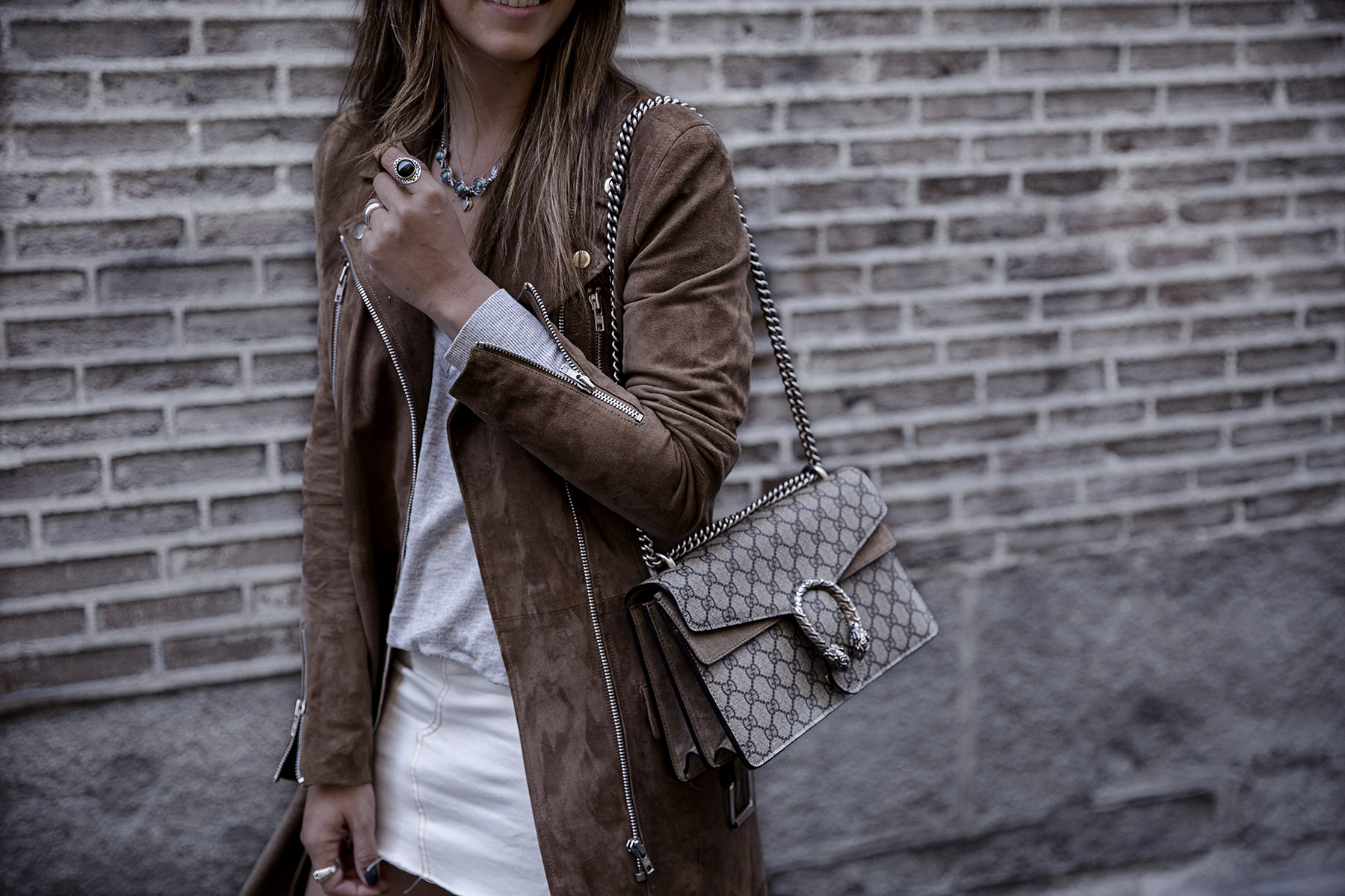 trendy-taste-street-style-blog-brown-mango-blazer-boho-chic-madrid-7