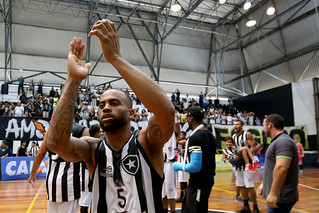Botafogo 90 x 63 Blumenau
