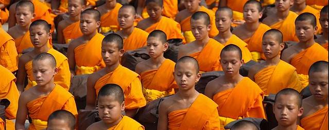 Budismo y cristianismo como la noche y el d a - Mandamientos del budismo ...