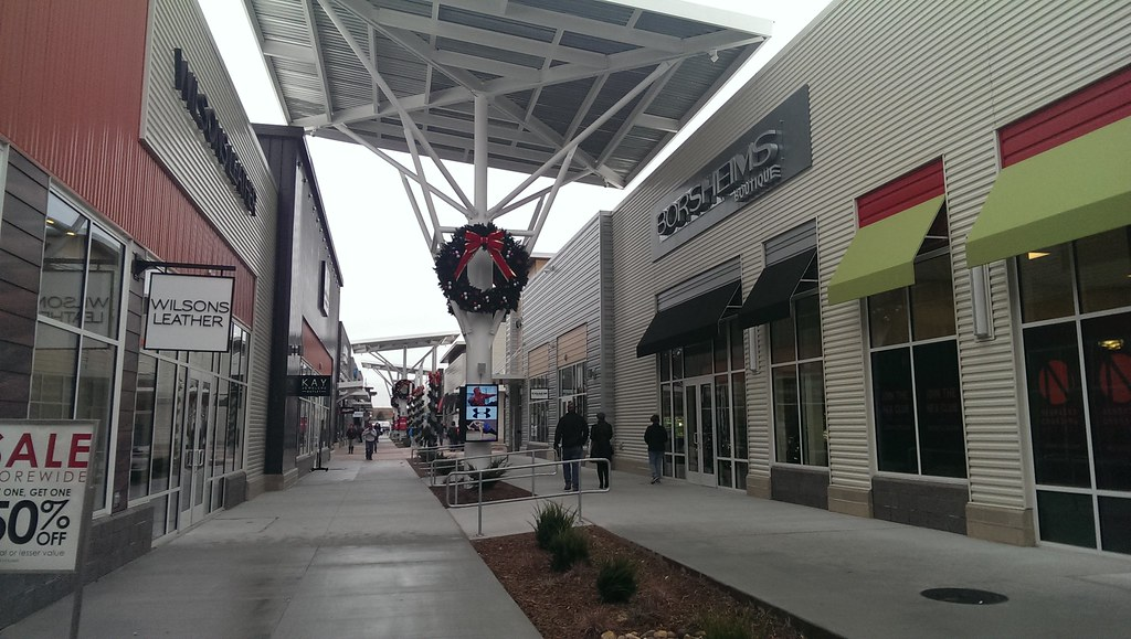 "A Unique ""Nebraska"" Opportunity Investors Realty was recently retained by Nebraska Crossing Outlets to provide property management and accounting services for the outlet mall."