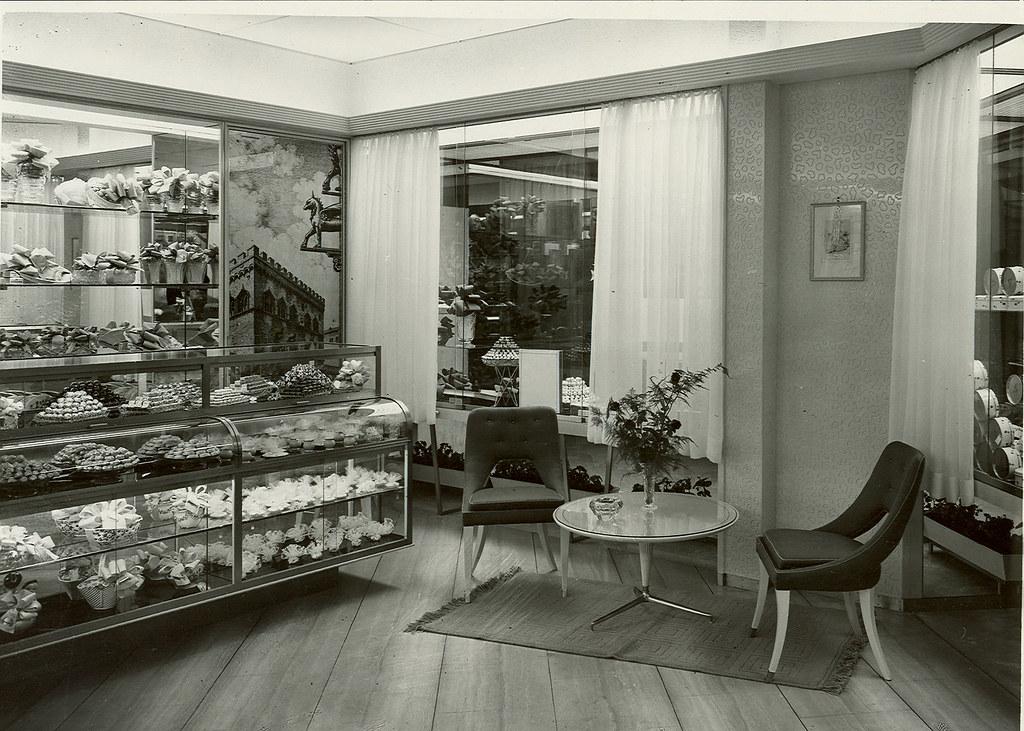 Mid Century Modern Kitchen Decor