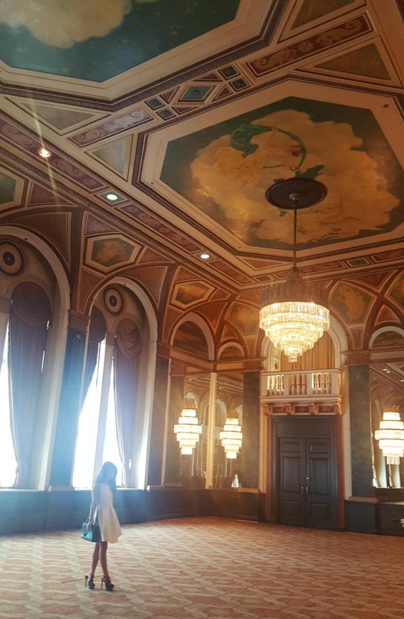 leftbanked Royal York Hotel