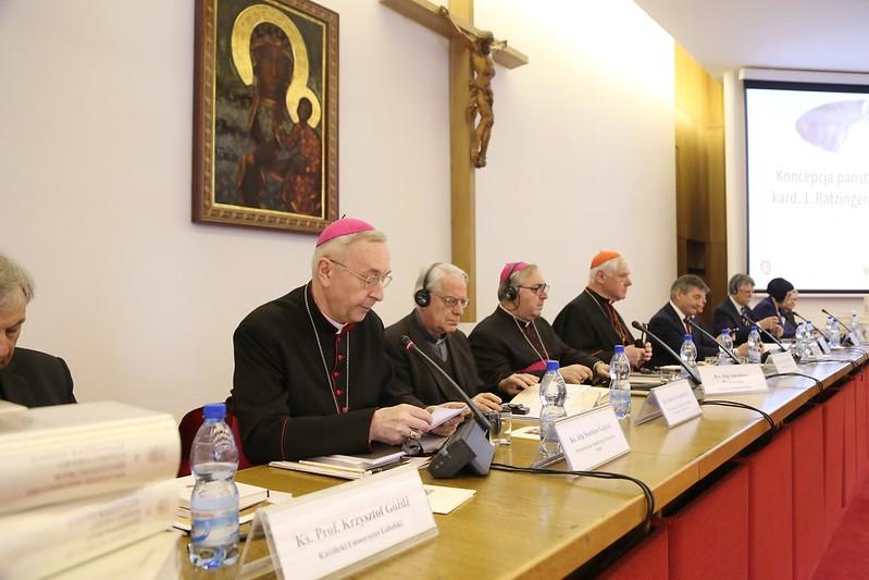 Obchody 90.rocznicy urodzin Benedykta XVI -konferencja naukowa, Warszawa, 19 IV 2017
