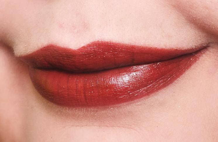 charlotte tilbury KISSING velvet underground (3)
