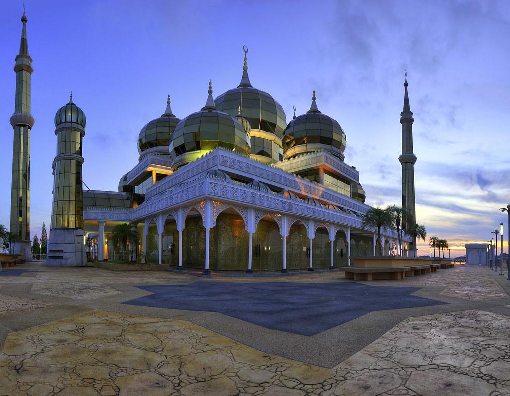 Homestay Masjid Kristal by Nadly Aizat Masjid Kristal