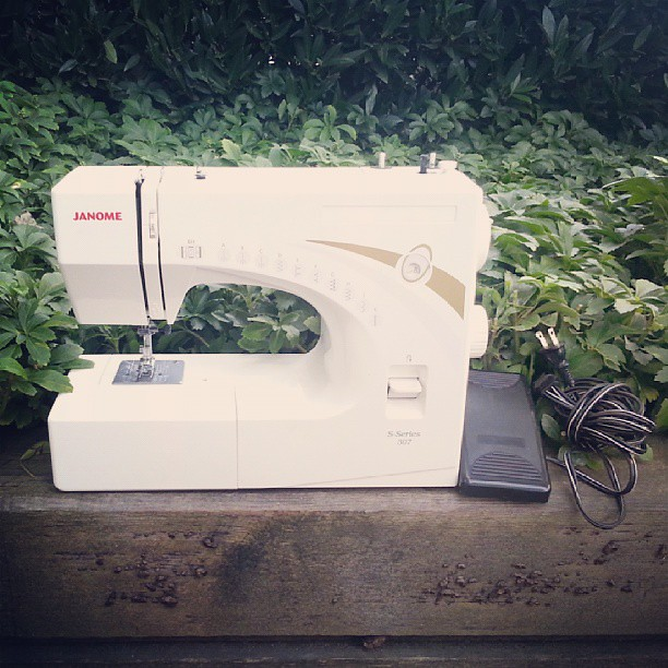 For Sale Janome Sseries 40 Fantastic Beginner Machine Flickr Interesting Janome Sewing Machine Sale
