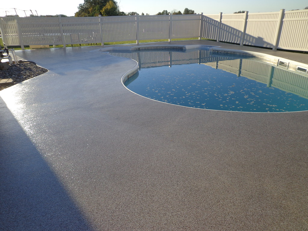 Finished concrete pool deck decorative concrete ft wayne for Swimming pool resurfacing