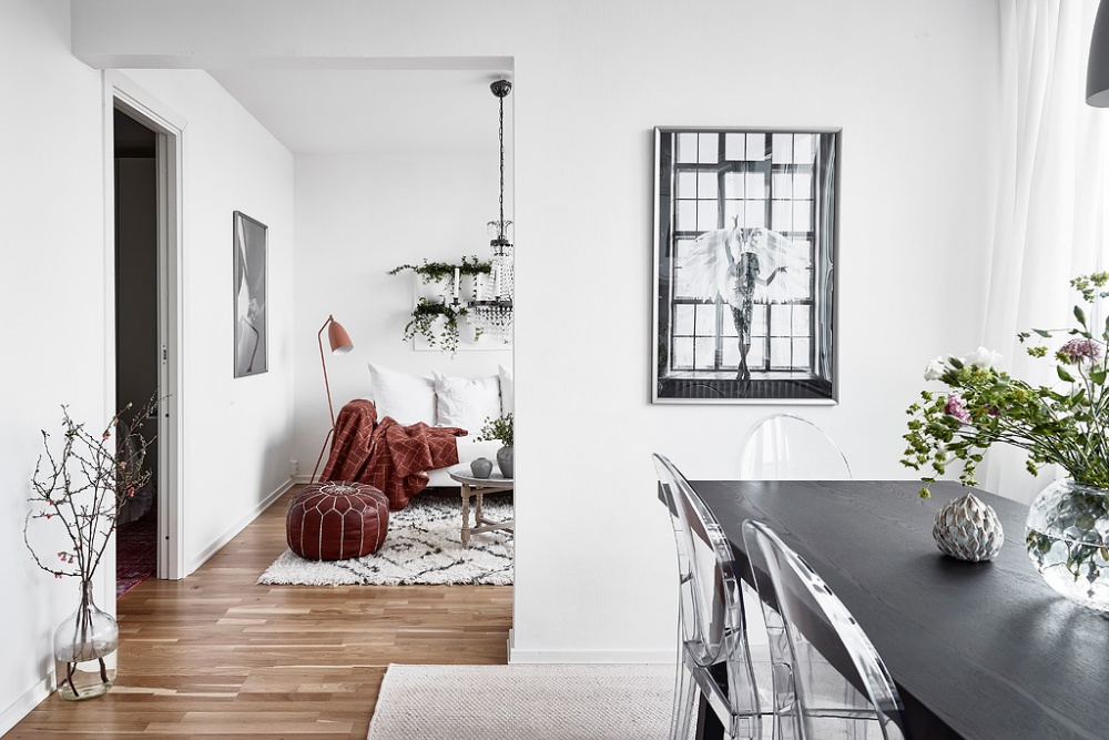 Small But Glamorous Scandinavian Apartment