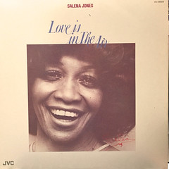SALENA JONES:LOVE IN THE AIR(JACKET A)