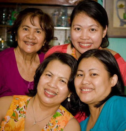 Mommy Michelle, her sister, sister's daughter and their mom | by gymger80