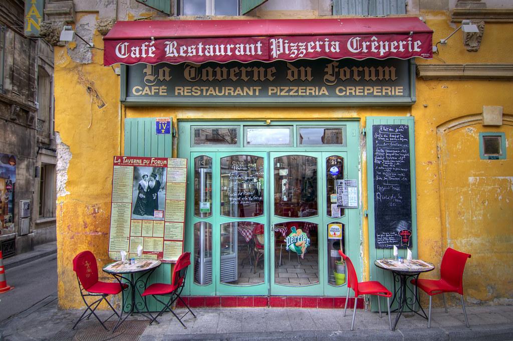 Cafe Restaurant Pizzeria Creperie La Taverne du Forum