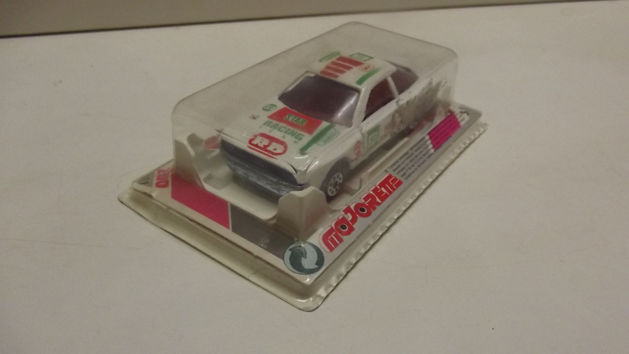 N°249 Toyota Celica 33039022961_45241d5a13_k