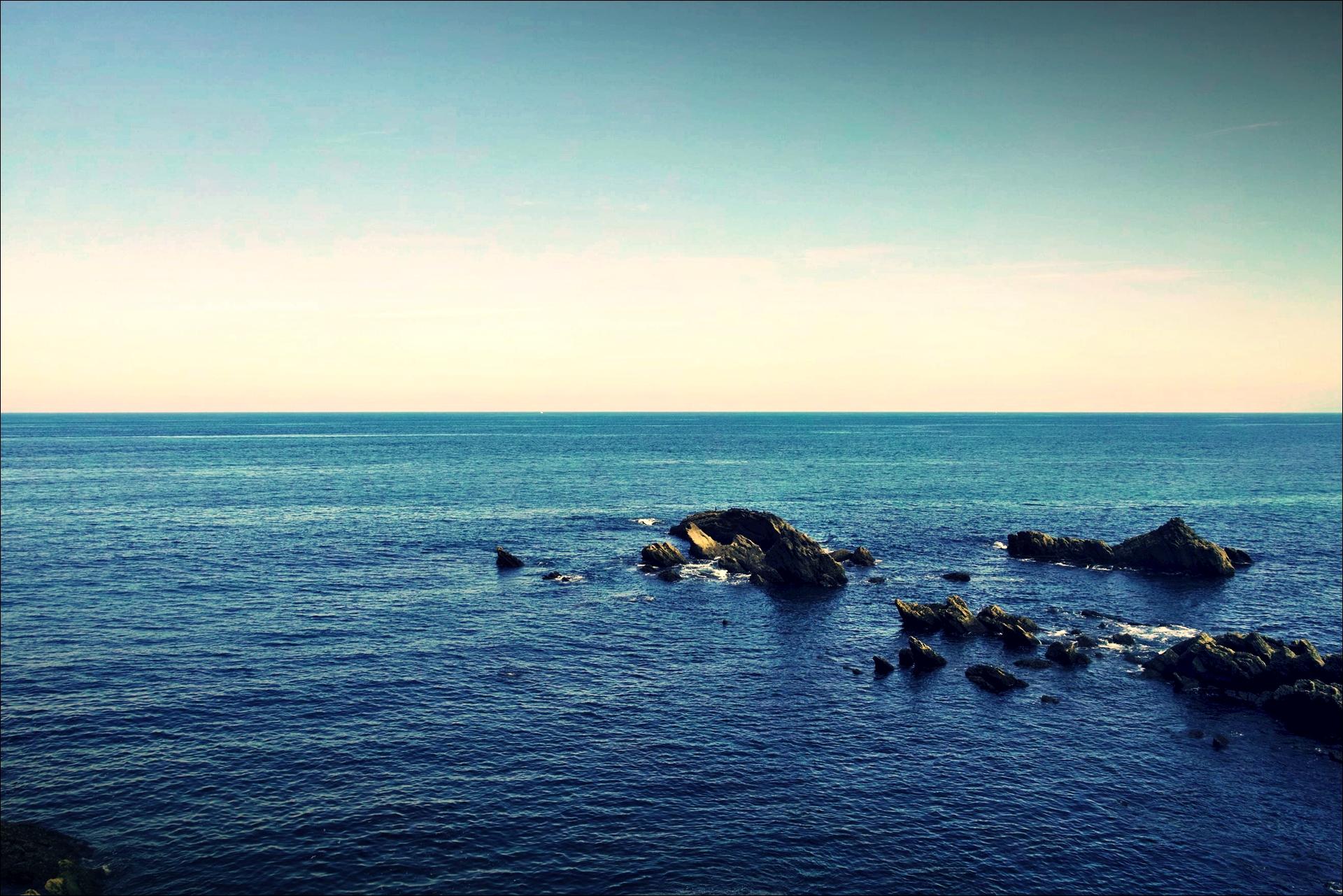 바다-'카미노 데 산티아고 북쪽길. 사라우츠에서 쑤마이아. 빌바오.'