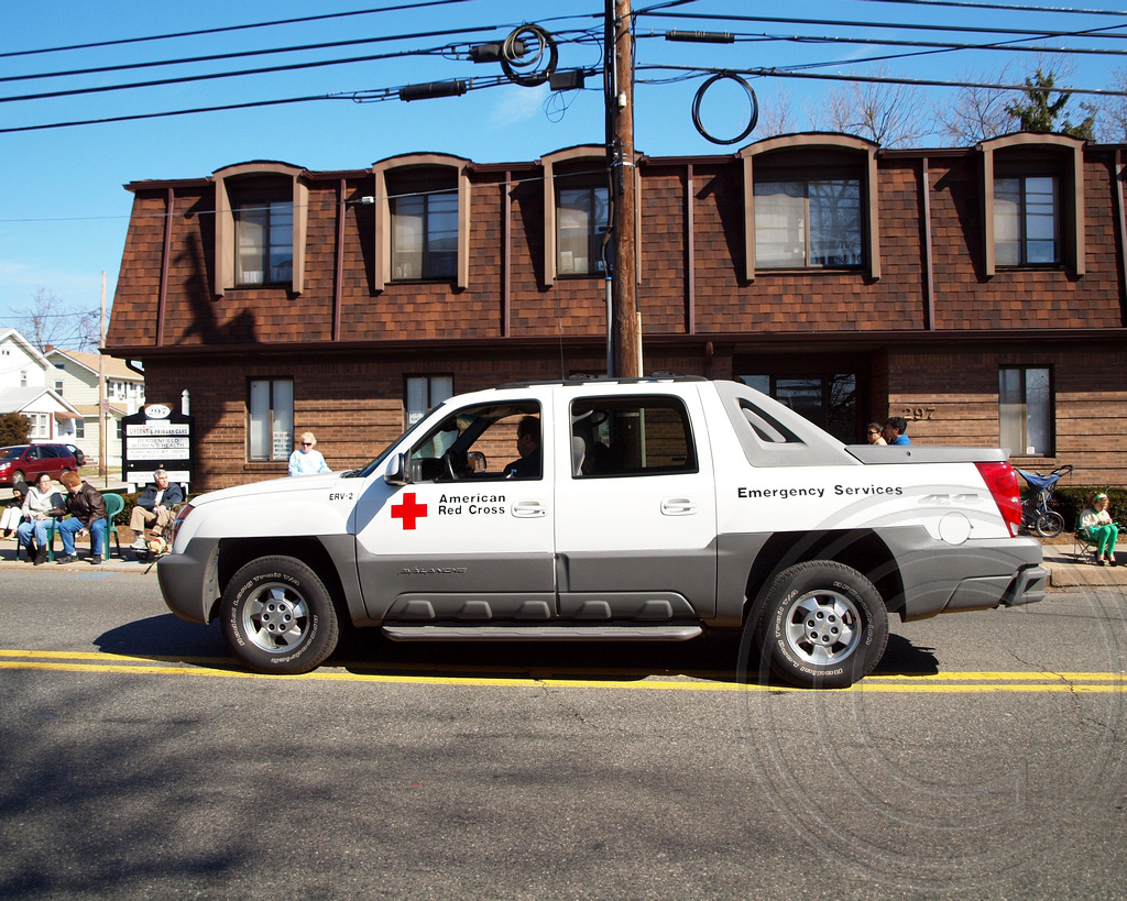 Avalanche chevy avalanche 2012 : American Red Cross Chevy Avalanche Pickup Truck, 2012 St. …   Flickr
