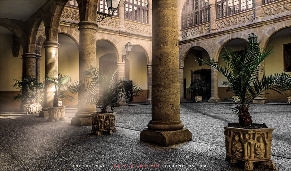 La Funcion Del Patio En Las Antiguas Casas The Role Of