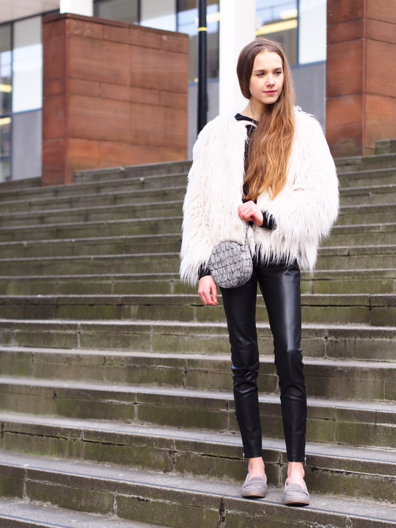 spring outfit with faux fur jacket