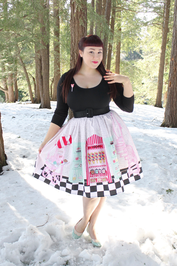 unique vintage novelty skirt