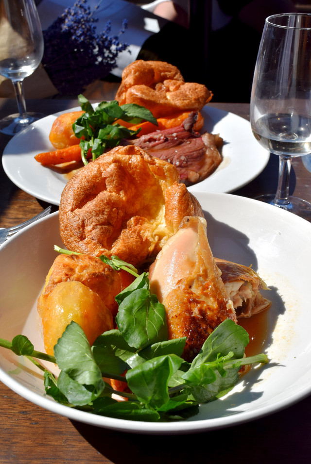 Sunday Roast at Beagle, Hoxton | www.rachelphipps.com @rachelphipps