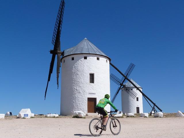 Molinos de Campo de Criptana (Ruta de Don Quijote en coche)
