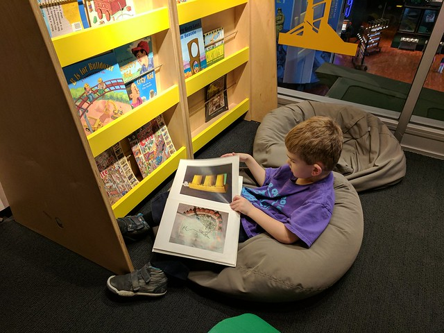 MOHAI - Kid-Struction Zone Library