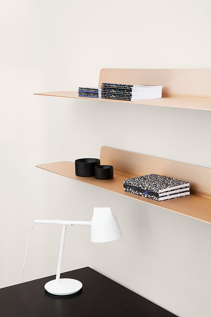 Aluminum shelves in industrial style by Simon Legald from Copenhagen Sundeno_04