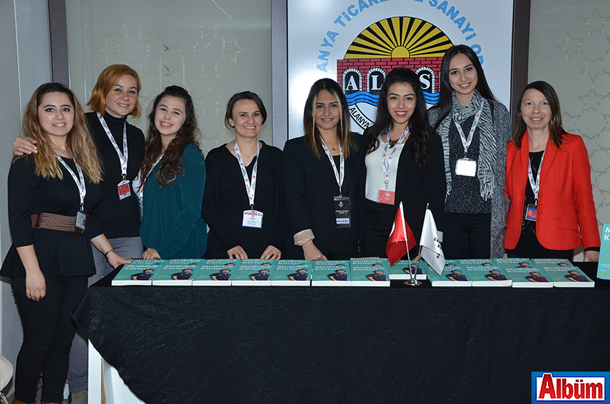 Bahçeşehir Alan Okulları çalışanları