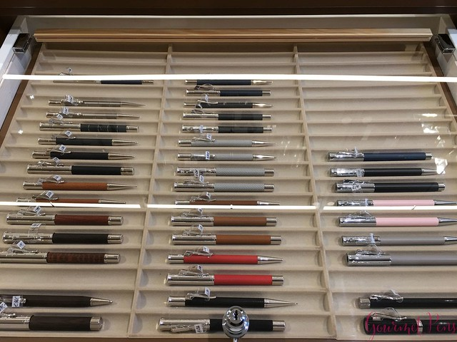Field Trip Sakura Fountain Pen Gallery in Diest, Belgium @sakurafpgallery 13