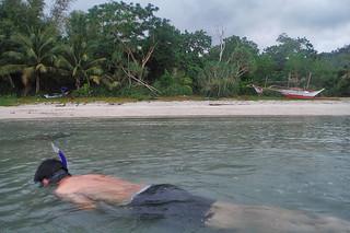 Sibale island - Luistro beach snorkelling