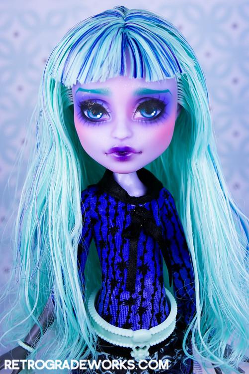 Custom Monster High Repaint Twyla She S Available