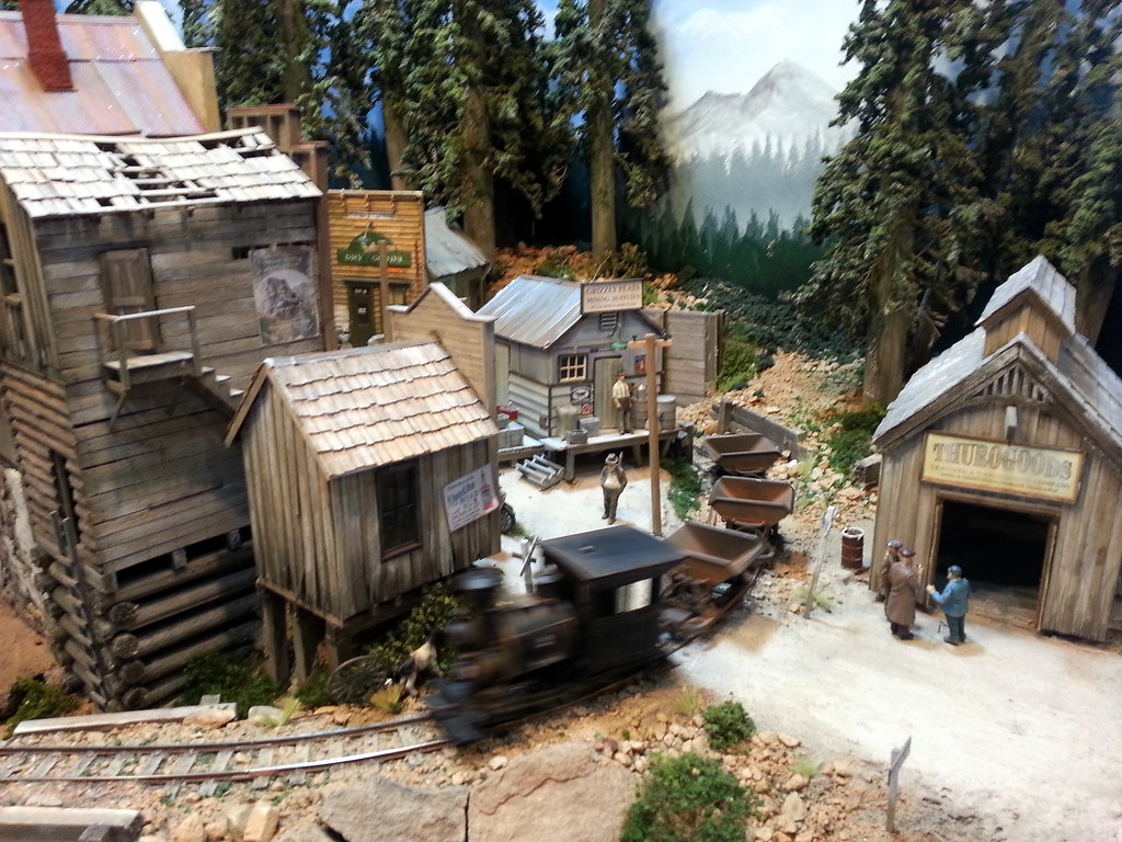 D Exhibition Layout : Narrow gauge mining layout at caulfield model train exhibi