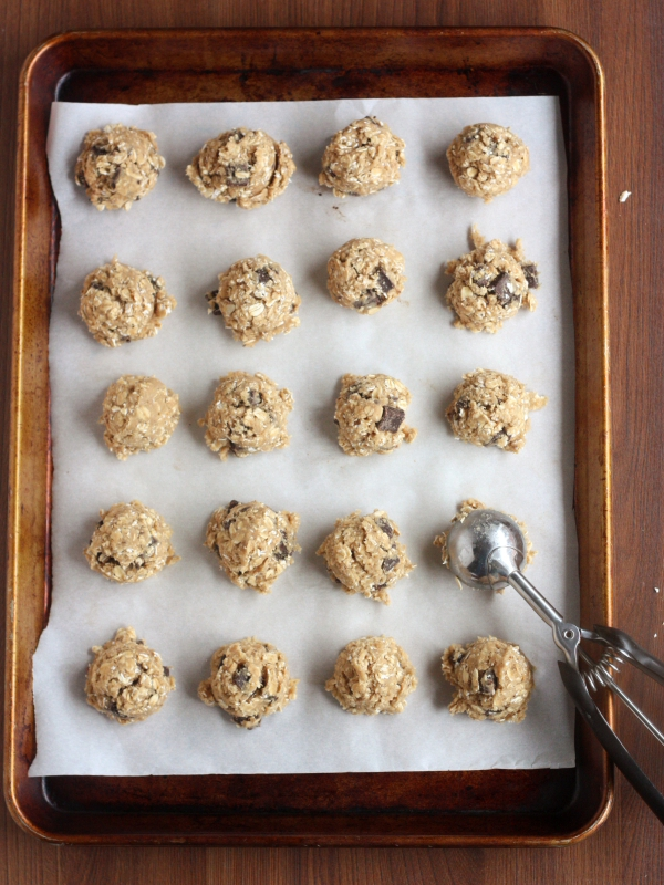 How to Freeze Cookie Dough, instructions on completelydelicious.com
