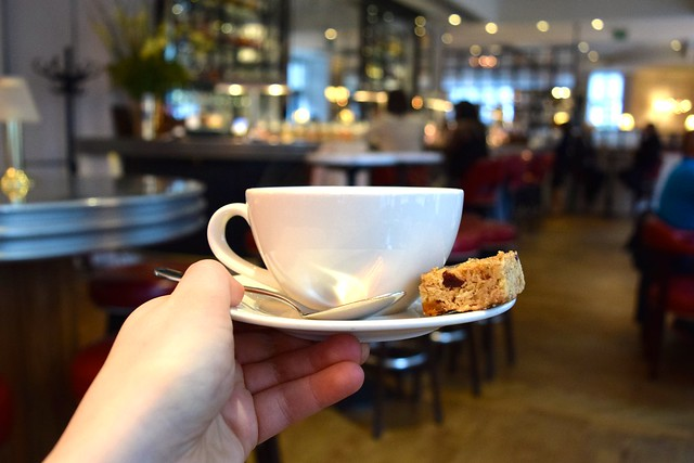 Tea at The Marylebone Hotel, London | www.rachelphipps.com @rachelphipps