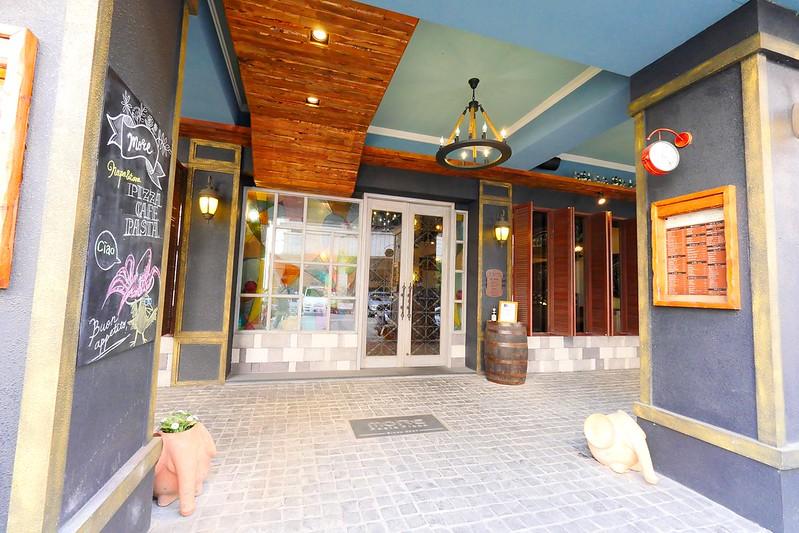 33013329025 93d62a029a c - 【熱血採訪】默爾義大利餐廳:漂亮歐風裝潢義式餐酒館 想吃義大利麵 燉飯 披薩 啤酒或焗烤通通有!