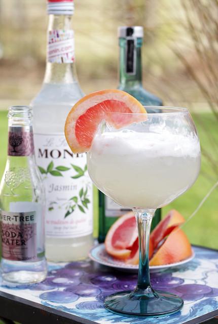 Jasmine Fizz Cocktail - easy to make