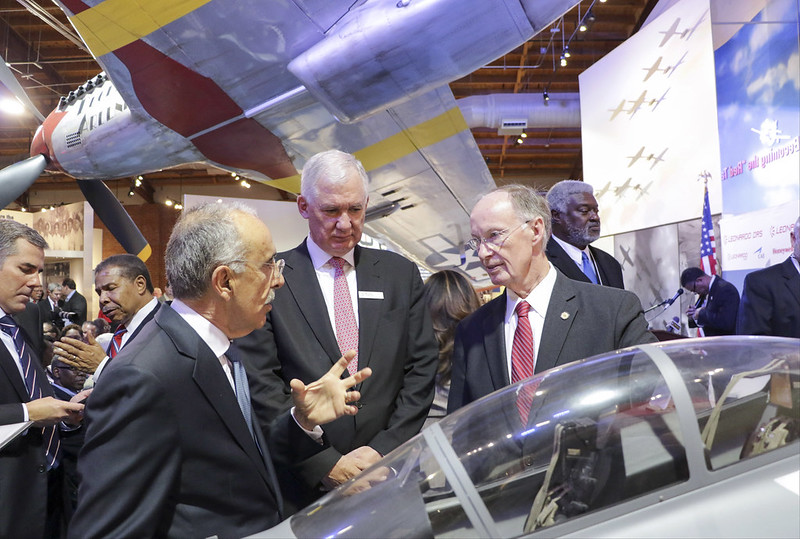 03-30-17 Gov. Bentley, Leonardo Announce Plans for Alabama Manufacturing Facility to Produce Training Aircraft for U.S. Air Force,