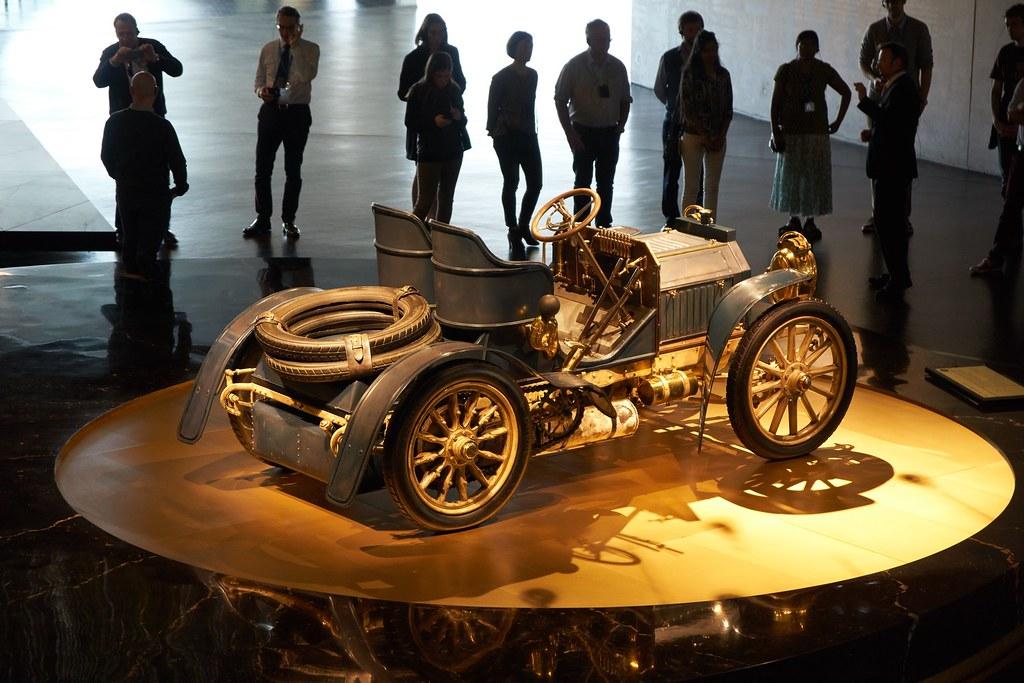 Merсedes museum in Stuttgart