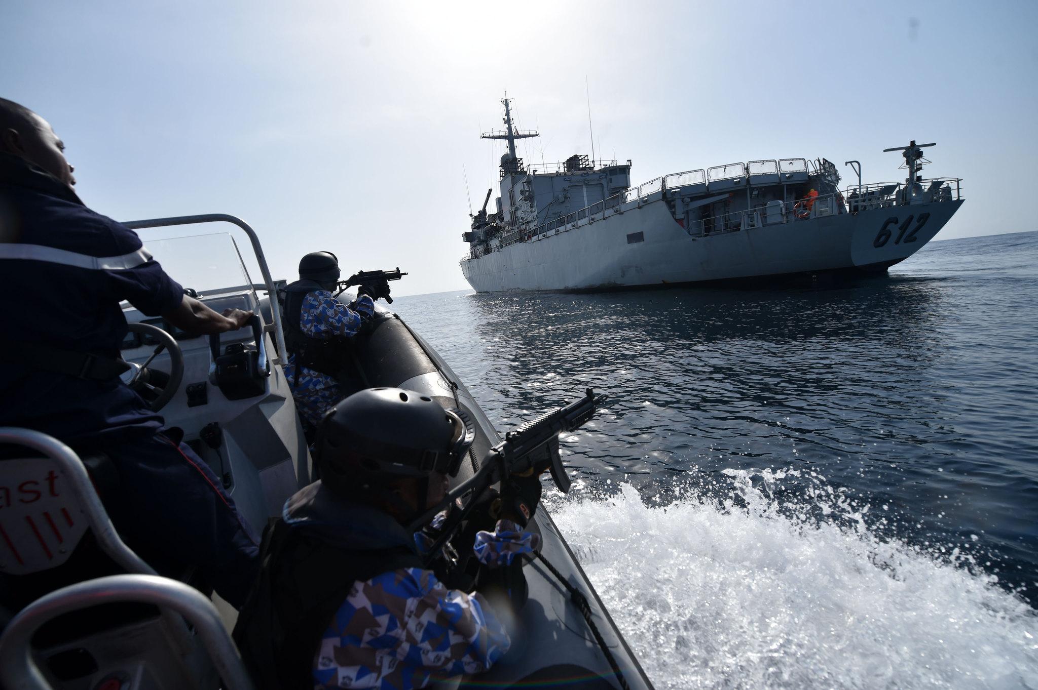 Royal Moroccan Navy Floréal Frigates / Frégates Floréal Marocaines - Page 12 33693192986_5a82690f2b_k