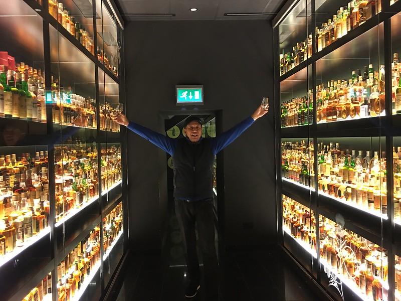 Edinburgh 111 Edmund Scotch Whisky tour