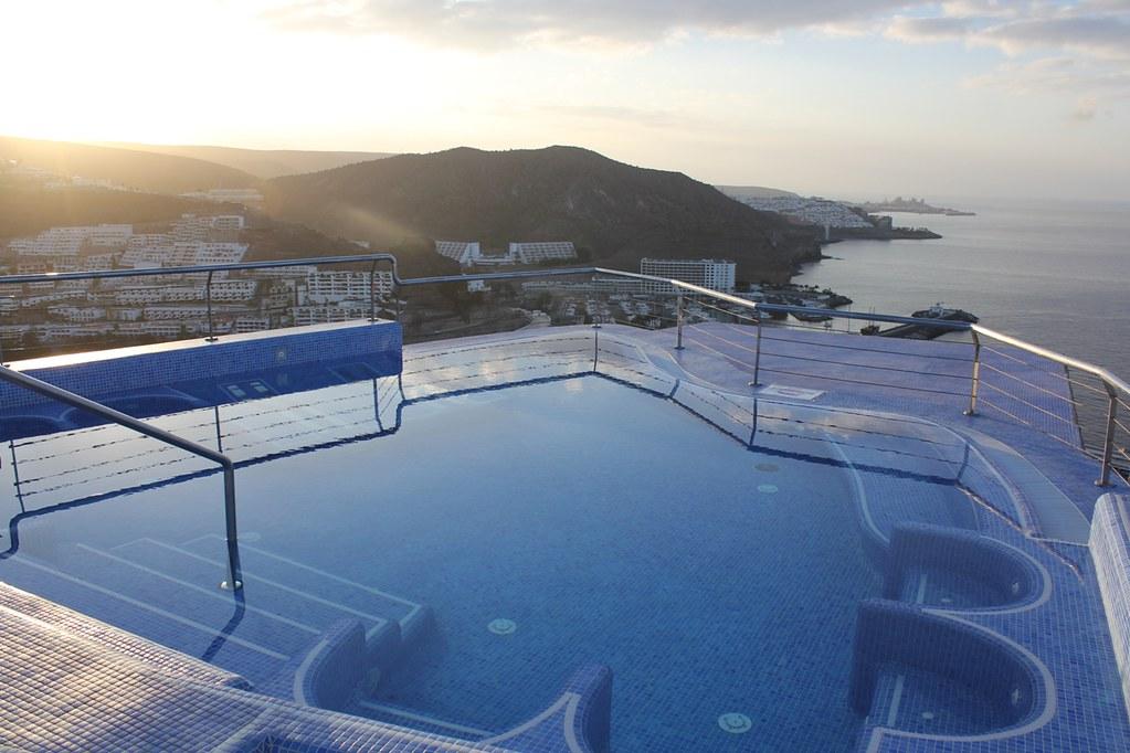 Hotel servatur puerto azul jacuzzi puerto rico gran cana flickr - Servatur puerto azul hotel ...