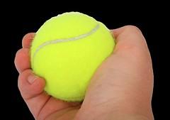 3⃣️ 網球擠壓運動