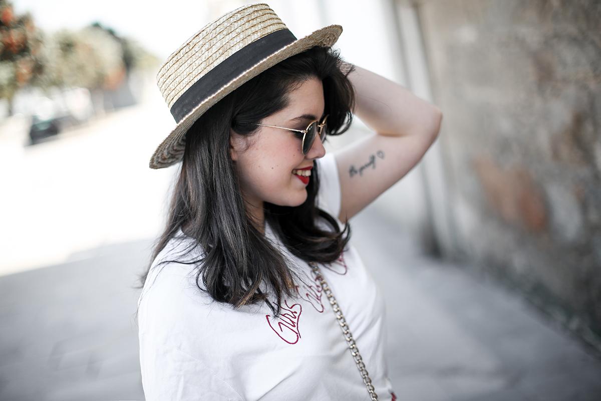 falda-cuadros-vichy-asimetrica-zara-look-jwanderson-farfetch-canotier-myblueberrynightsblog4