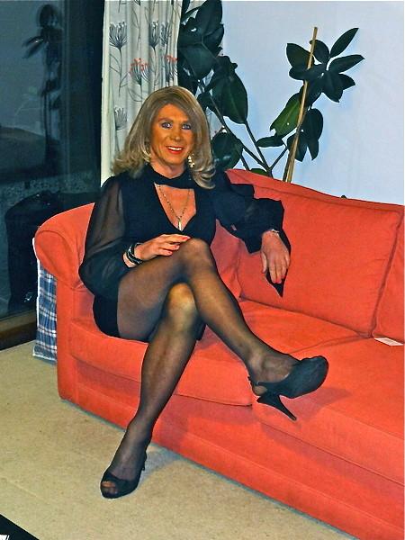crossdressers pantyhose legs
