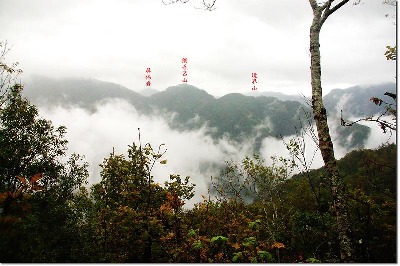 一場山稜線東南眺朗吾呂山 1-1