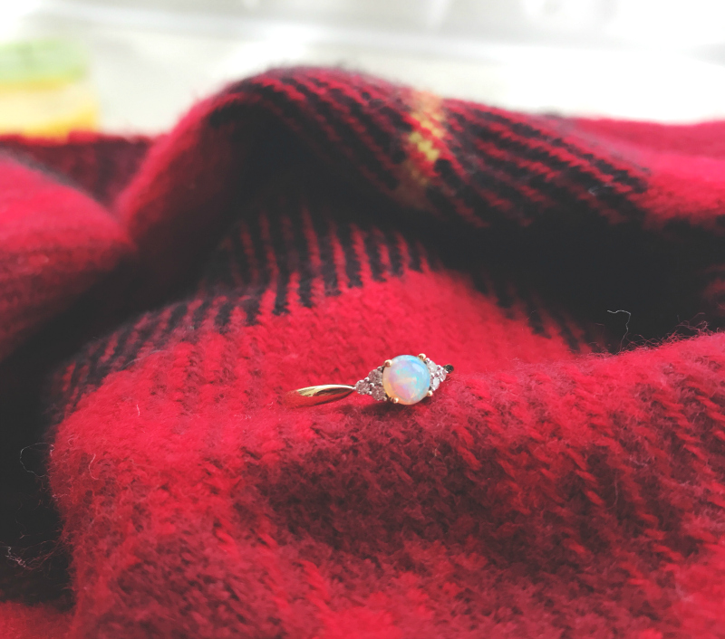 engagement ring opal blogger